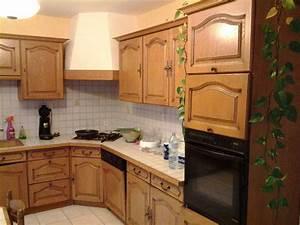 Comment Renover Une Cuisine : r nover une cuisine comment repeindre une cuisine en ch ne a essayer avant de tout changer ~ Nature-et-papiers.com Idées de Décoration