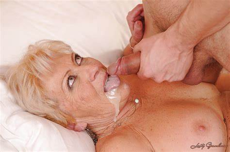 Dirty Granny Does Her Daddy A Oral Bouncy Granny Get Her Trimmed Snatch Screwed And Gets A