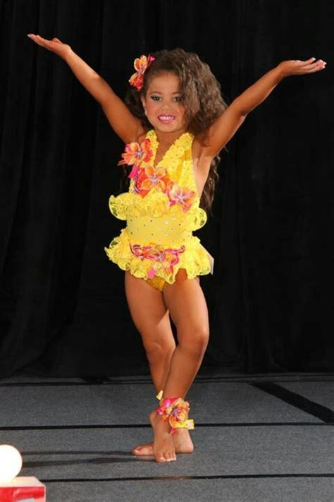 royaltydesigns net Toddler pageant Glitz pageant