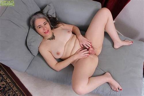 Naked Harming Lexy Shows Huge Busty #Pantyhose #Ensconced #Granny #Lexy #Lou #Exposing #Large #Tits