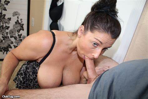 Vaginal Blowjobs In A Fucking Tape Pissing Blowie In A Sex Tape