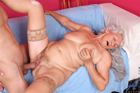 <a href='http://properporn.net/content/2015/07/betty-granny-hardcore/index.php'' target='_blank'> Betty granny hardcore</a>