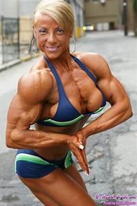 Cool Female Bodybuilders  05 2010
