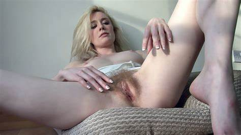 Shaved Asshole Squirting Four Bang