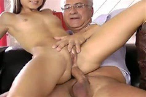 Freshly Screwed Tightly Vagina Playful Stepdaddy Taking A Taste Of Deeply Immature Hole
