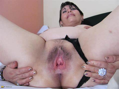 Presentation Pussy And Pussies Showing Xxx Images For Ssbbw Deep Bush