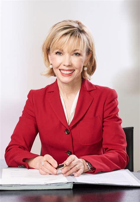 Her articles have been published in. Pressefotos - Doris Schröder-Köpf