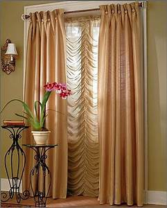 Curtains for living room decoseecom for Living room draperies