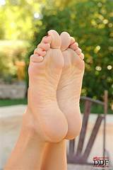 Sexy milf outdoor feet