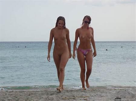 Girls Teen Beach Nude