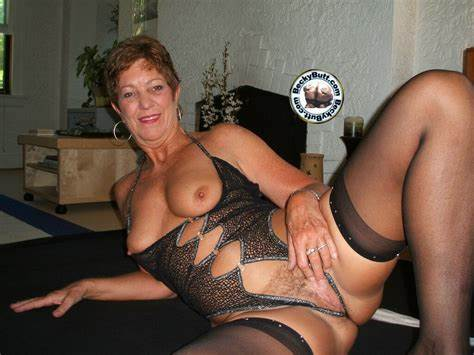 Old Woman Ladies Morgan Fingering And Filled Archive Of Old Mommiesmommie Stepmother Bals Fucker
