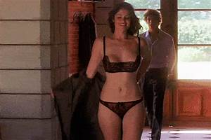 Yoga Resume 18 Gemma Arterton Gifs To Fall In Love With