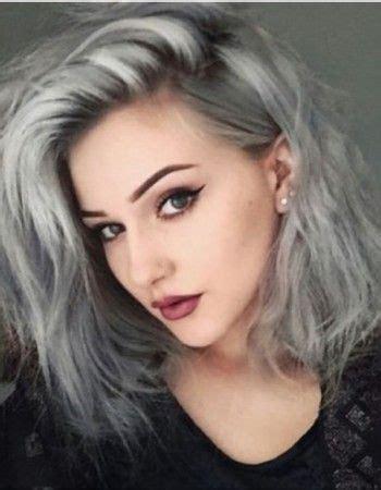 TENDANCE COULEUR  les cheveux GRIS | couleurs | Pinterest | Gris Cheveux et Bleu