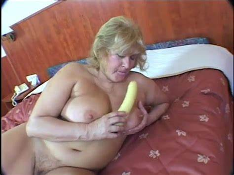 Incredible Titts Granny R20
