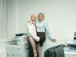 femme faisant l amour au bureau l amour au bureau 28 images j ai test 233 une semaine