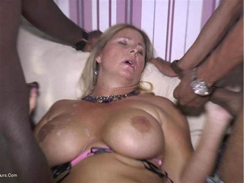 #Nude #Chrissy #Is #A #Mature #And #Curvy #Milf #Living #The #Nudist