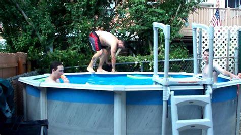 foto de fat people jumping in a pool YouTube