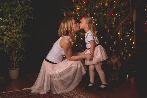 Ziemassvētku fotosesija ģimenei