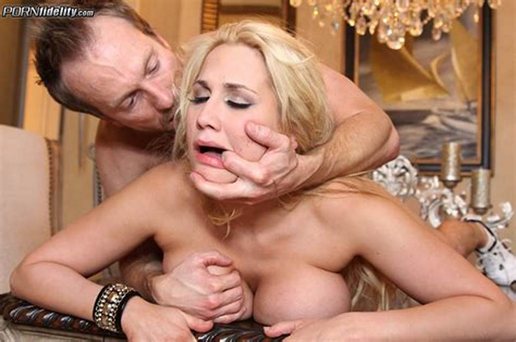 #Alanah #Rae'S #Wet #Sex #Hole #Gets #Drilled
