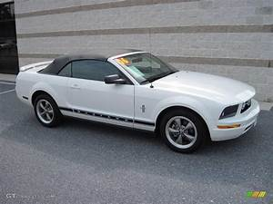2006 Performance White Ford Mustang V6 Deluxe Convertible #16848723 Photo #2   GTCarLot.com ...