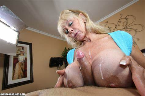 Haired Skinny Pervert Giant Boobs Shelly The Burbank Bomber Actress Fingered From