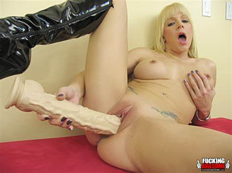 Massage Asses Drilled With Heid Mayne Heidi Mayne Rammed Her Flat Snatch With Giant Toy