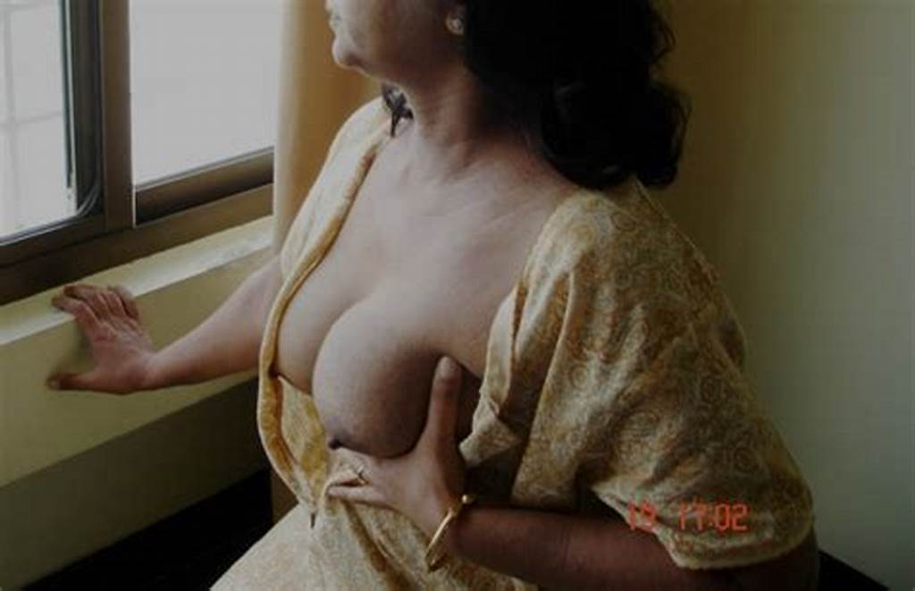 #Kerela #Nude #Bhabhi #Showing #Her #Boobs