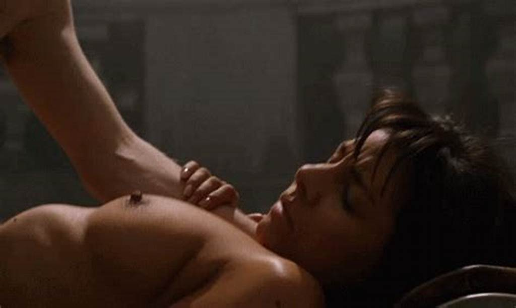 #Roxanne #Pallett #Wrong #Turn #Sex #Scene #Gif #Public