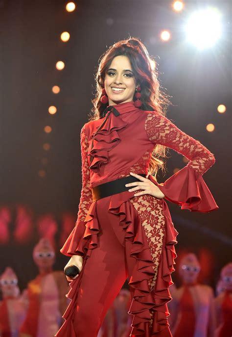 foto de Camila Cabello Performing at 24th MTV Europe Music Awards