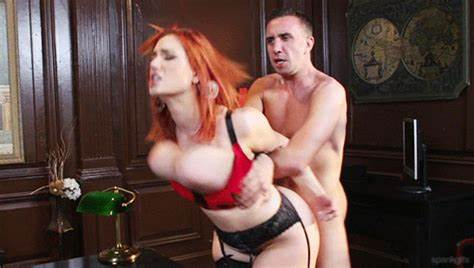 Mature Damn Uses Red Hair Prick On Her Hole