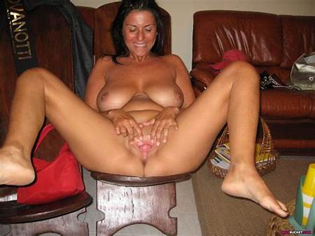 Nude Submitted Teen Pics