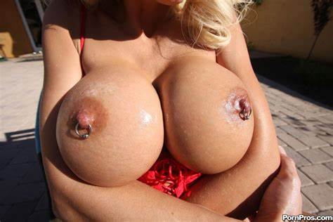 Fakes Giant Titty Mexican Free Huge Breasts