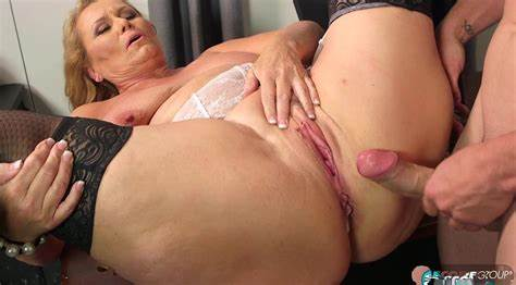 Pliant Lover Fucked Stunning Women 65 Years Old Woman With A Youthful Boyfriend Crack And Muffdiving His