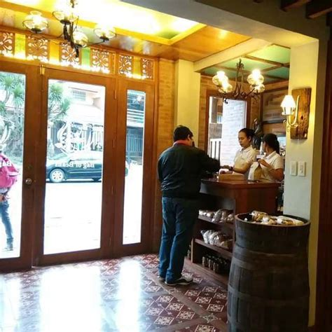 Their place offers a good view of mt. Bag Of Beans - Tagaytay, Tagaytay, Philippines - If you're not the...