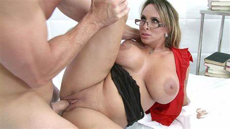 Breast Milf And Young Taking Jizzed