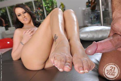 Grace Noel Vids Galleries Footjob
