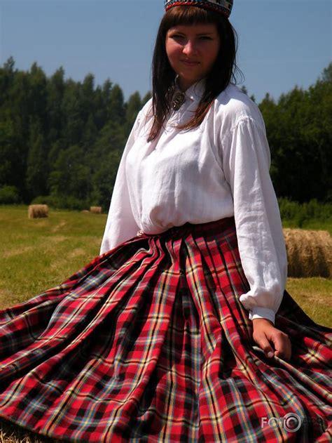 Mūsu skaistās tautu meitas - Spoki - bildes 2