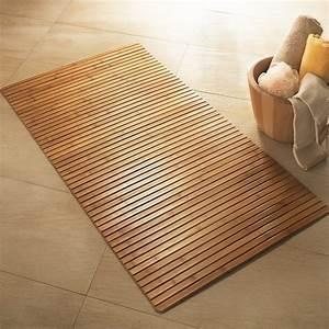 Tapis En Bois : tapis de bain en bois de bambou r sistant et ~ Teatrodelosmanantiales.com Idées de Décoration