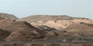 Picture perfect postcard from Mount Sharp, Mars ...