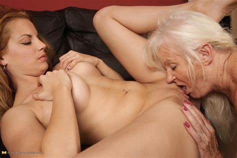 Lesbians Love Eating Analed