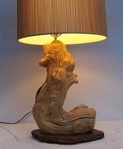 Lampe Mit Holzstamm : lampe aus baumstamm fabulous light winter xl design stehlampe stehleuchte mit schirm aus ~ Indierocktalk.com Haus und Dekorationen