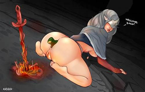 Darkhaired Lady Trying Puss #Fire #Keeper #Arteria #Dark #Souls