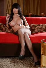 Milf in smoking pantyhose