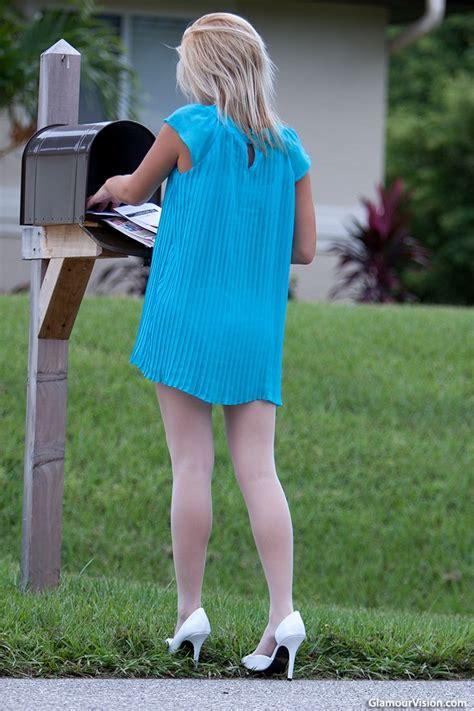 foto de Julie Anne Classic outfits Most beautiful models Fashion