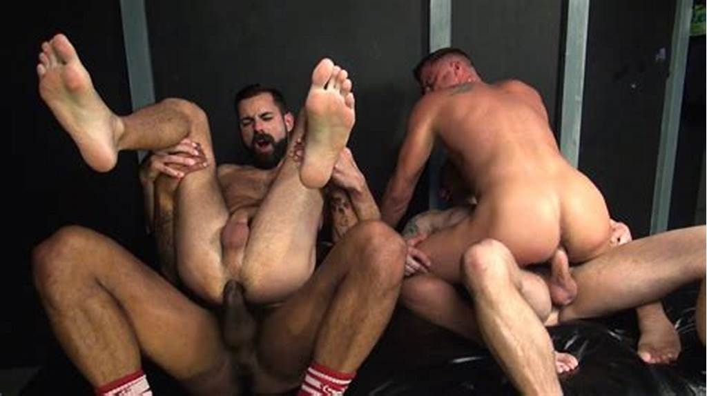 #Gay #Bareback #Foursome