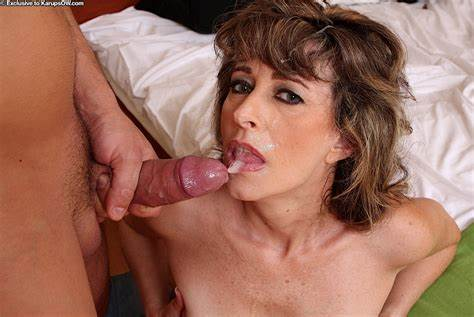 Thais Oral Jizz In Mouthful