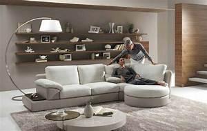 Sofa Kleines Wohnzimmer : kleines wohnzimmer einrichten 57 tolle einrichtungsideen f r mehr wohnlichkeit ~ Markanthonyermac.com Haus und Dekorationen