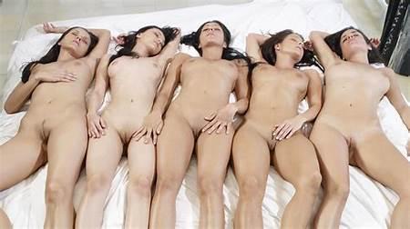 Group Teen Nude Yahoo