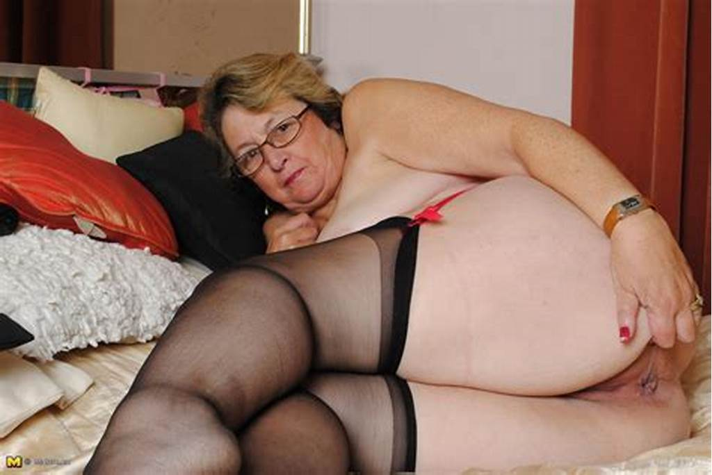 #Granny #Nu #Horny #Mature #Lady #Playing #On #Her #Bed #Granny #30