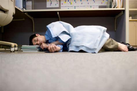 dim up au bureau addiction substance abuse and workaholism